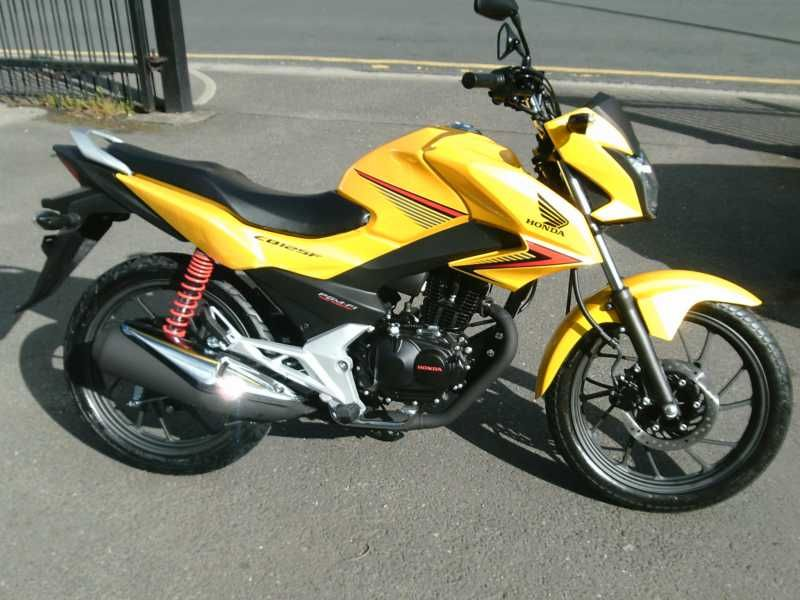 used honda cb 125 f available for sale yellow honda. Black Bedroom Furniture Sets. Home Design Ideas